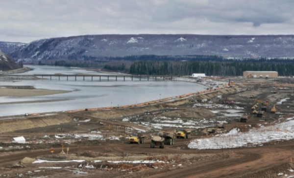 Construction to go ahead on Site C dam, but cost soars to $10.7 billion