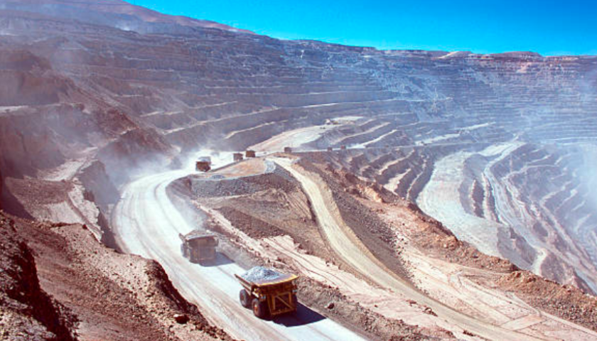 Barrick Gold no longer selling assets to pay down debt in shift in strategy