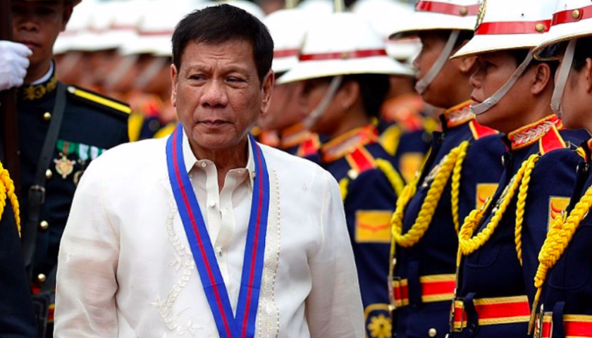 Philippines president kills controversial helicopter deal with Canada