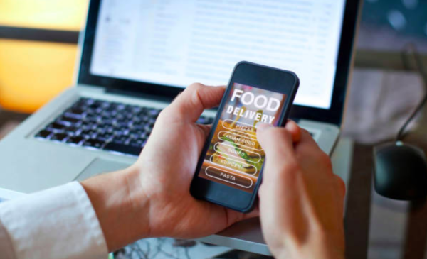 Are food-sharing apps a blue ribbon-worthy idea or half-baked fad?