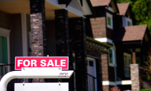 Canadian home sales rise by 0.9 per cent between July and August: CREA
