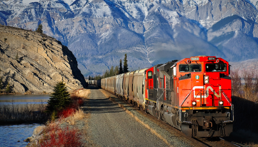 CN Sets Grain Movement Record for Tenth Consecutive Month