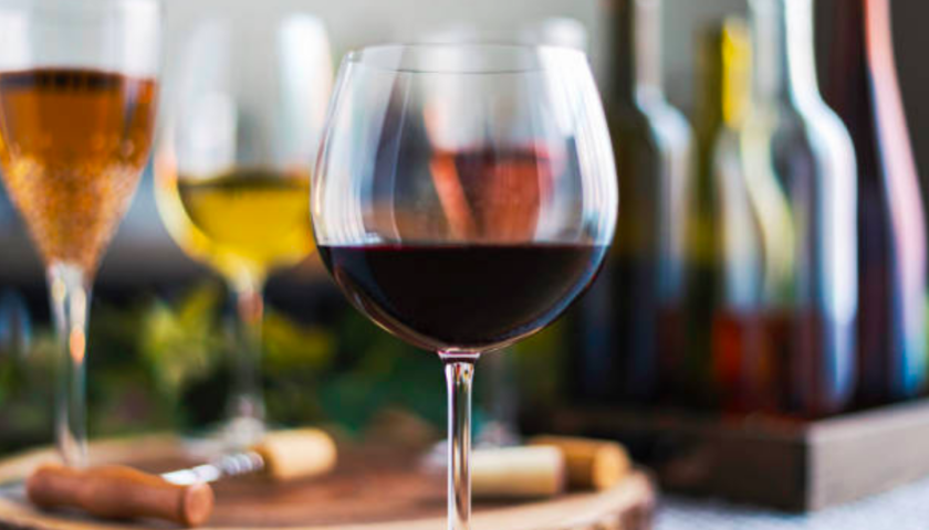Supreme Court ruling corks B.C. vintners' hopes for free trade of Canadian wines