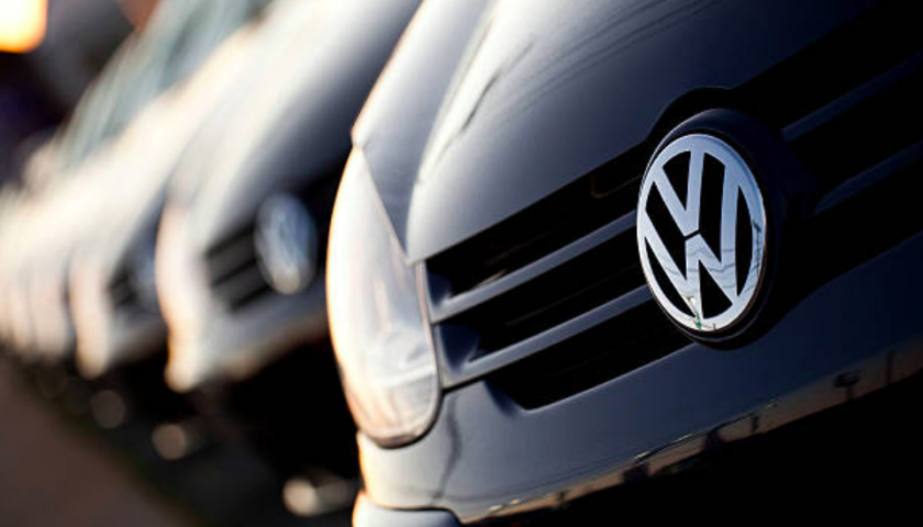 US indictment alleges top VW exec knew of emissions cheating