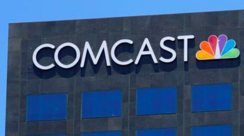 Comcast drops Fox bid, paving way for sale to Disney