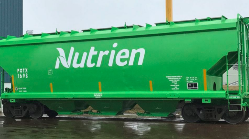 Fertilizer producer Nutrien offers carbon control plan with credit profits for farms