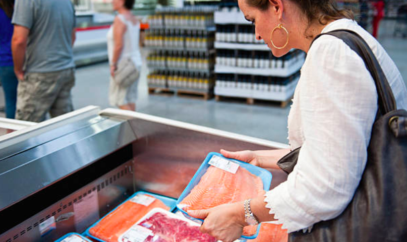 'Widespread' seafood mislabelling at retailers, restaurants, study finds