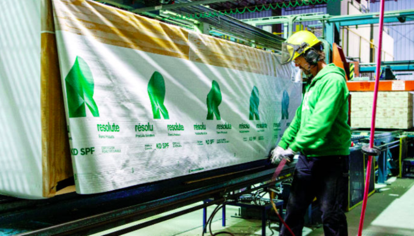 Resolute signs deal to sell U.S. recycled bleached kraft pulp mill for US$55M