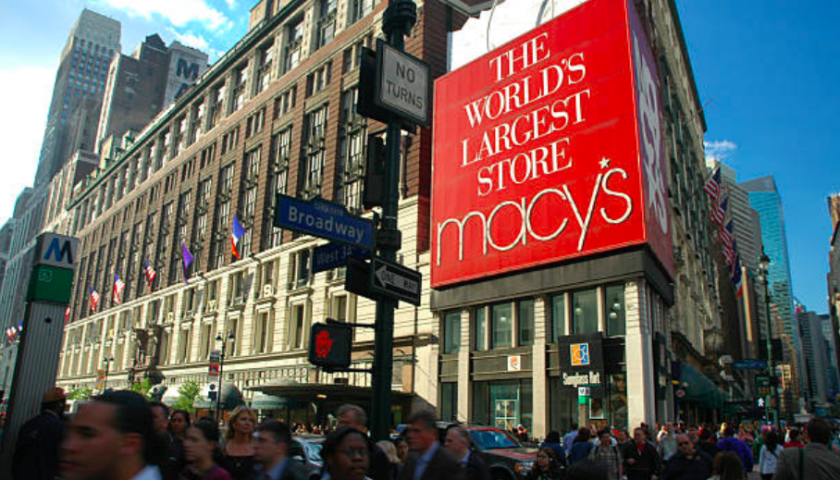Stores fighting for Black Friday sales aim for convenience
