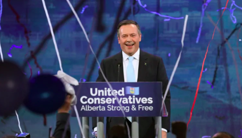 Oil and gas sector applauds new Alberta premier's many pro-business pledges