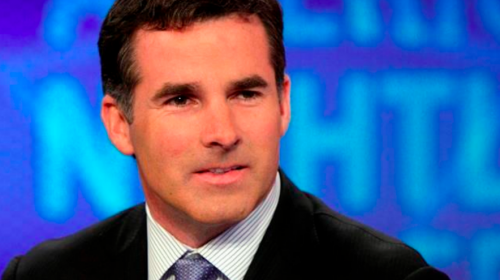 Under Armour founder relinquishes CEO post