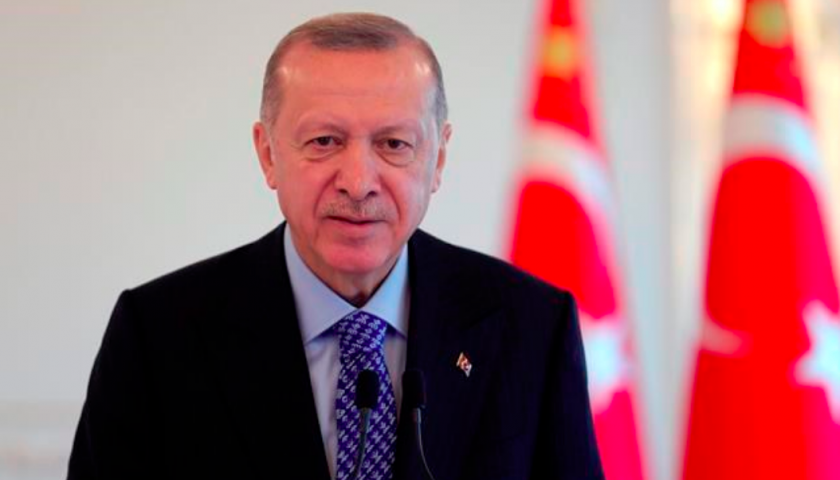 Erdogan calls for energy talks as EU considers Med sanctions