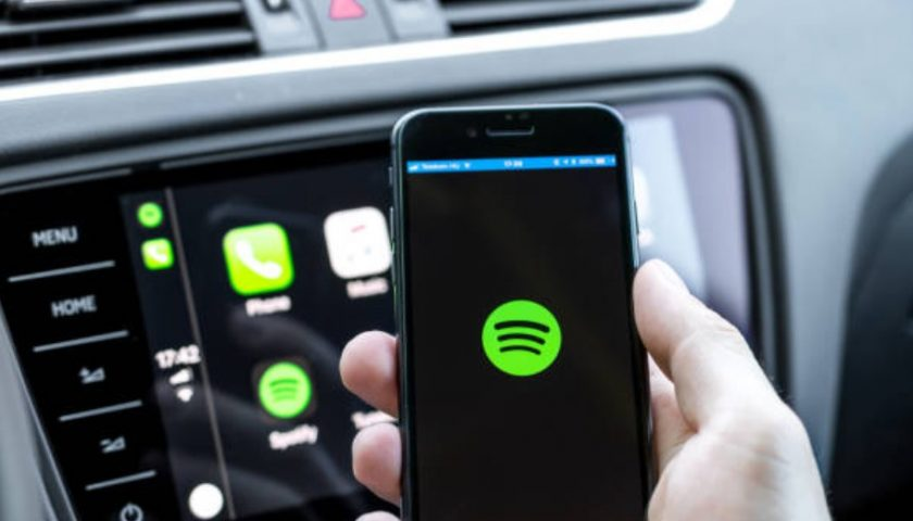 Spotify poised to overtake Apple Podcast in 2021 with 41% growth